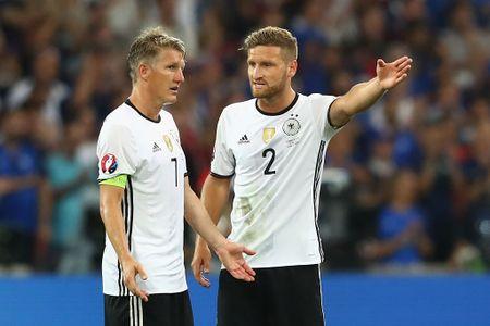 Muller, Giroud linh xuong doi hinh te nhat ban ket Euro 2016 - Anh 5