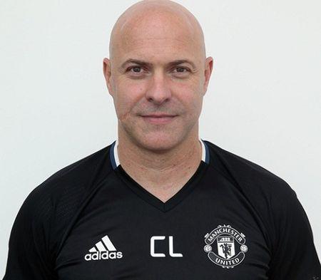 Jose Mourinho ra mat Ban huan luyen moi o Man United - Anh 5