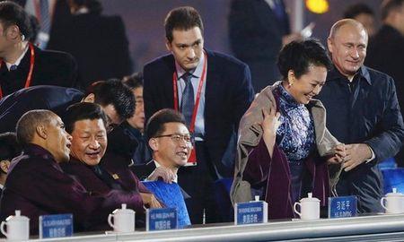 Vi sao Tong thong Nga duoc coi la 'Putin dai de' o TQ? - Anh 4