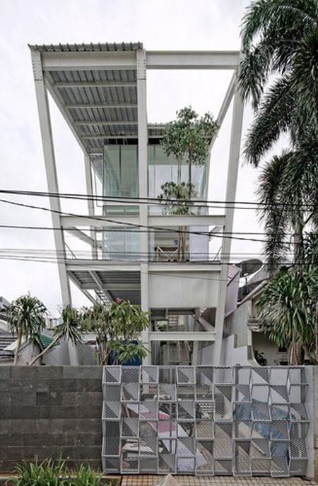 Ben trong can nha nghieng 70 do doc dao o Jakarta - Anh 9