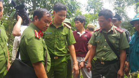 Can canh khu vuc nghi pham tham sat o Lao Cai lan tron - Anh 6