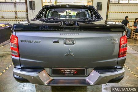'Cuc ngau' voi ban tai cao cap Mitsubishi Triton gia 687 trieu - Anh 11