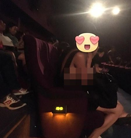 Chan dai mac ho henh gay nao loan rap phim - Anh 1