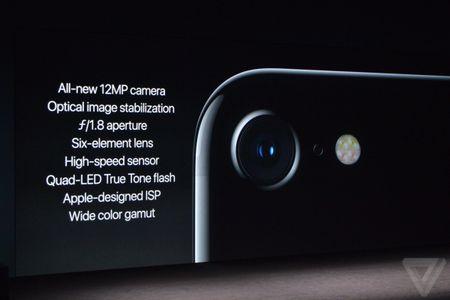 iPhone 7/ 7 Plus chinh thuc trinh lang - Anh 11