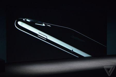 iPhone 7/ 7 Plus chinh thuc trinh lang - Anh 1