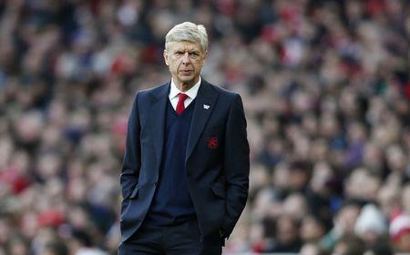 Ai se ke nhiem Arsene Wenger o Arsenal? - Anh 1