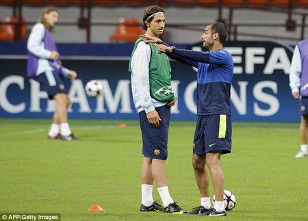 Jose Mourinho vs Pep Guardiola: Dinh menh Zlatan Ibrahimovic - Anh 4