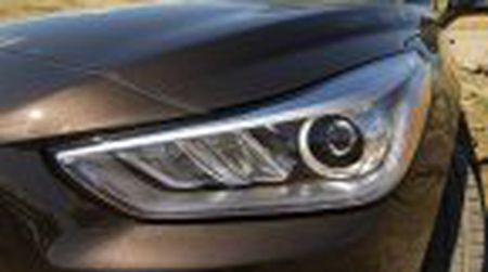 Genesis G90 co gia khoi diem tai My tu 69.050$, tuy chon AWD them 2.500$ - Anh 16