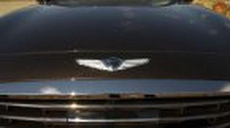 Genesis G90 co gia khoi diem tai My tu 69.050$, tuy chon AWD them 2.500$ - Anh 19