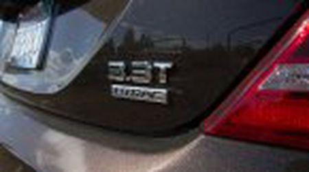 Genesis G90 co gia khoi diem tai My tu 69.050$, tuy chon AWD them 2.500$ - Anh 21