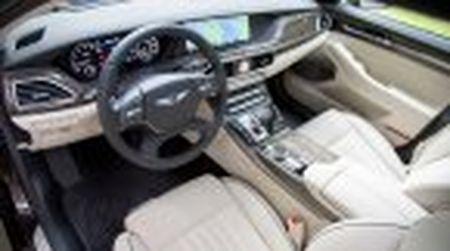 Genesis G90 co gia khoi diem tai My tu 69.050$, tuy chon AWD them 2.500$ - Anh 26