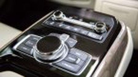 Genesis G90 co gia khoi diem tai My tu 69.050$, tuy chon AWD them 2.500$ - Anh 30