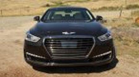 Genesis G90 co gia khoi diem tai My tu 69.050$, tuy chon AWD them 2.500$ - Anh 3