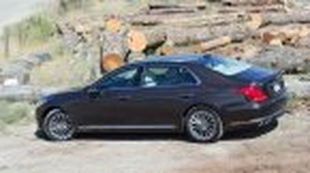 Genesis G90 co gia khoi diem tai My tu 69.050$, tuy chon AWD them 2.500$ - Anh 7