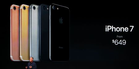 Bo doi iPhone 7 chinh thuc trinh lang: chong nuoc, camera kep, gia tu 14,4 trieu dong - Anh 3