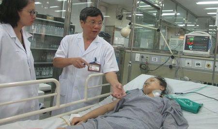 Tay khong nghien cuu cong trinh y hoc cuu hang ngan benh nhan - Anh 1