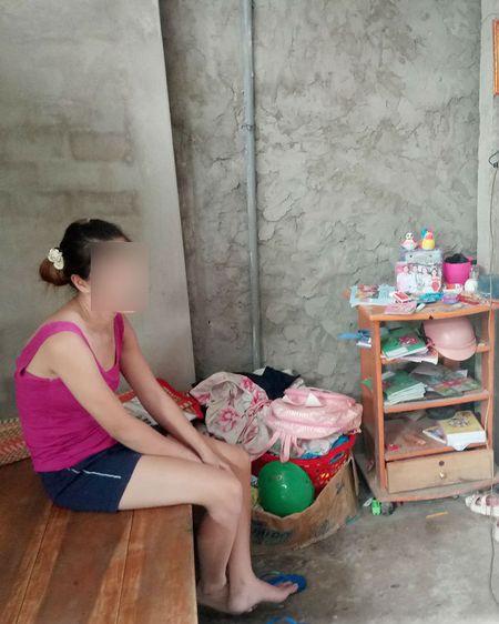 Su that chuyen 'be trai nguy co bo hoc di lam thue nuoi ong ba' - Anh 2