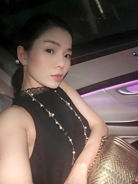 Le Quyen choi hang hieu kin tieng nhung cuc khung - Anh 5