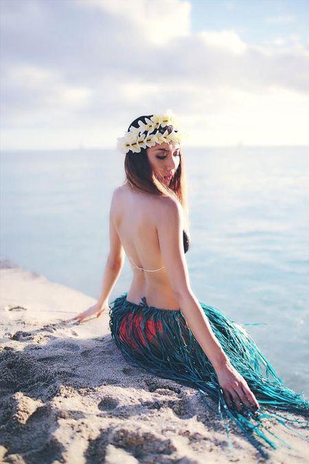 """Gai mot con Ngoc Quyen khoe ve goi cam """"chet nguoi"""" tren dao Hawaii - Anh 4"""