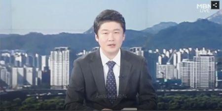 "Ngoi sao 24/7: Het dien trai, ""dai uy Yoo"" Song Joong Ki nhu ""ngo tau"" - Anh 5"