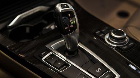 BMW X3 phien ban 100 nam, gia 2,369 ty dong tai Viet Nam - Anh 10