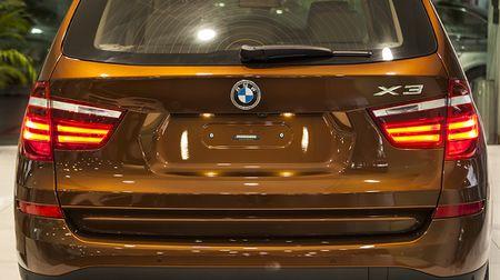 BMW X3 phien ban 100 nam, gia 2,369 ty dong tai Viet Nam - Anh 4