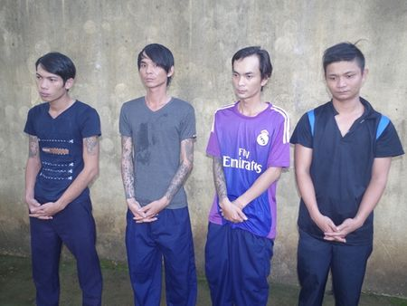 """Nhom doi tuong """"dan mat"""" chu quan Patin doi bao ke - Anh 1"""
