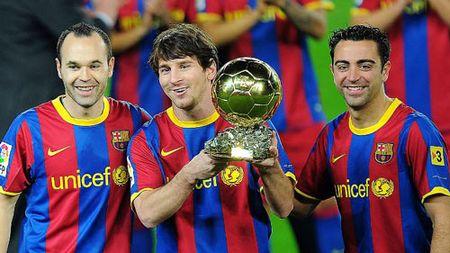 """""""Chi fan Real Madrid cho rang Ronaldo hon Messi"""" - Anh 2"""