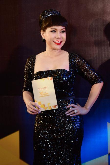 """Nha Phuong, Tran Thanh """"le bong"""" tren tham do VTV Awards - Anh 15"""