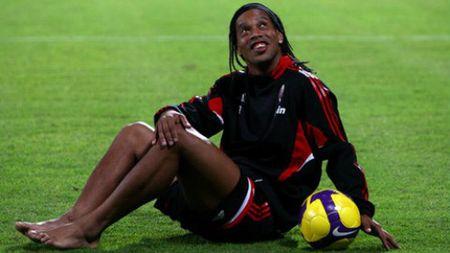 SAO Brazil that the: Ronaldinho, phu thuy me chan dai (P4) - Anh 3