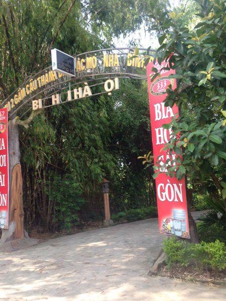 Ha Noi: Khu an choi khong phep moc sung sung, lanh dao xa 'im lang' - Anh 1
