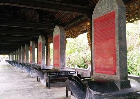 Can canh bia da khong lo trong ngoi chua lon nhat Viet Nam - Anh 9