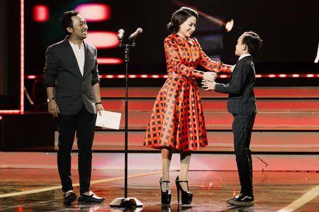 Phi Nhung xuc dong khi Ho Van Cuong doat giai VTV - Anh 5