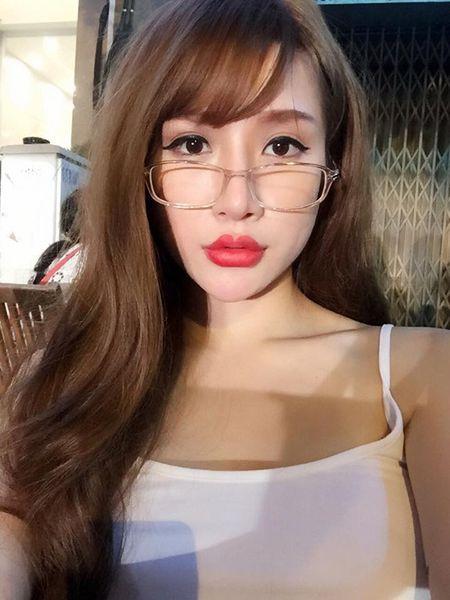 Khong phai ai bom moi cung tro thanh goi cam - Anh 4