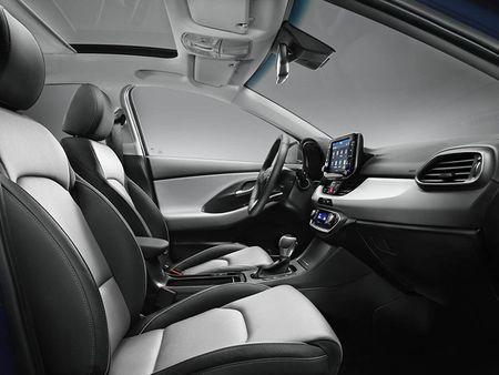 "Ra mat ""xe dai chung"" Hyundai i30 2017 the he moi - Anh 8"
