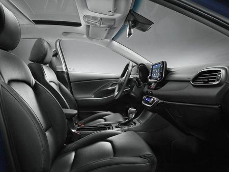 "Ra mat ""xe dai chung"" Hyundai i30 2017 the he moi - Anh 9"
