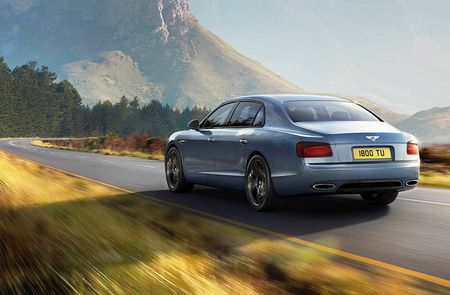 Trinh lang Bentley Flying Spur W12 S sieu toc do dat 325km/h - Anh 2