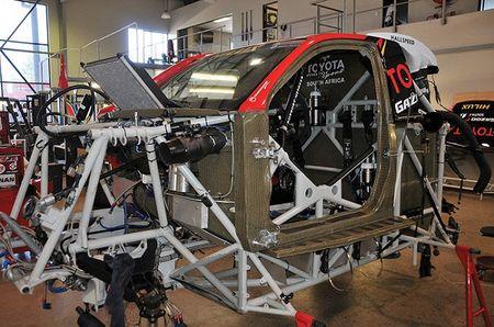 Toyota mang ban tai Hilux moi du giai dua Dakar 2017 - Anh 3