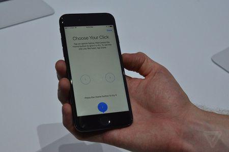 Anh, video thuc te iPhone 7 va iPhone 7 Plus - Anh 3