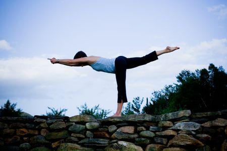 Hieu qua giam dau tu cac bai tap Yoga - Anh 1