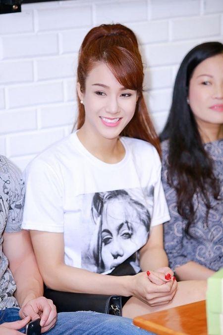 Sao Viet san sang hien noi tang cho ca si Minh Thuan - Anh 1