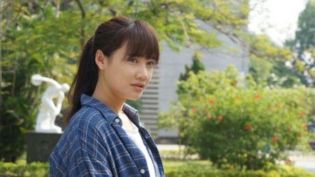 Sau VTV Awards, Nha Phuong am tham nhan giai thuong lon tai Han! - Anh 10