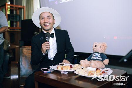 Tien Dat 'dap tra' Hari Won: 'Anh di xa lam roi' trong hop bao ra mat MV - Anh 3