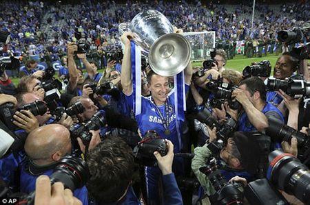 John Terry va nhung ki uc ve Sir Alex Ferguson - Anh 10