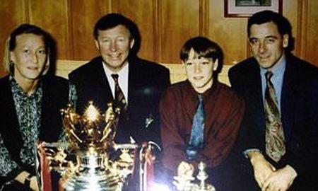 John Terry va nhung ki uc ve Sir Alex Ferguson - Anh 1