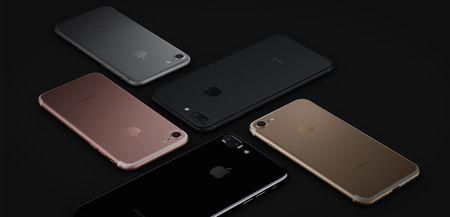 iPhone 7 Black va Jet Black: dau la su khac biet? - Anh 1