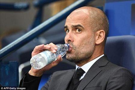 """Huyen thoai M.U: """"Pep Guardiola da qua may man trong su nghiep"""" - Anh 2"""
