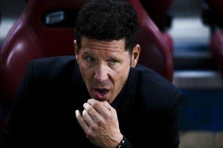 """Simeone la su thay the hoan hao cho Wenger"" - Anh 2"