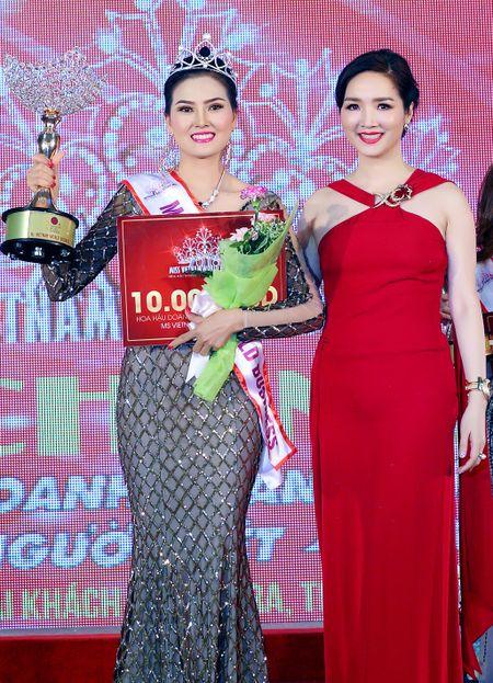 Nguyen Thi Kim Thoa doat vuong mien Hoa hau Doanh nhan The gioi nguoi Viet 2016 - Anh 1