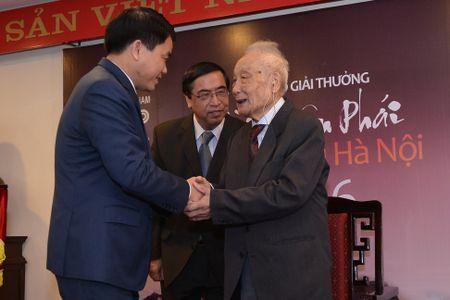 'Ong Tay nhat rac' duoc trao giai thuong Bui Xuan Phai - Anh 3